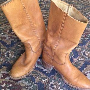 Men's Frye boots, size 10D